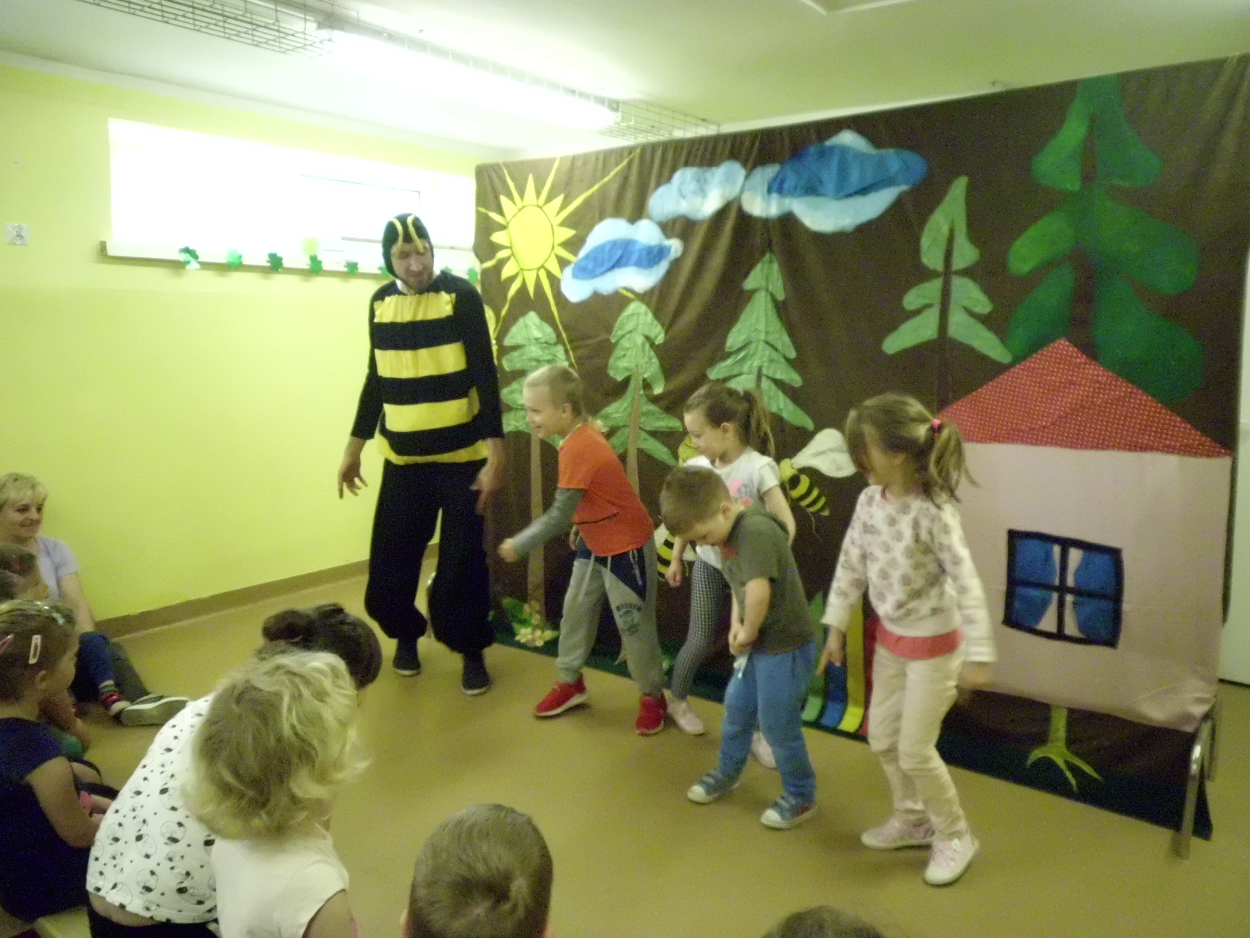 Teatrzyk w Przedszkolu w Pokrzywnicy